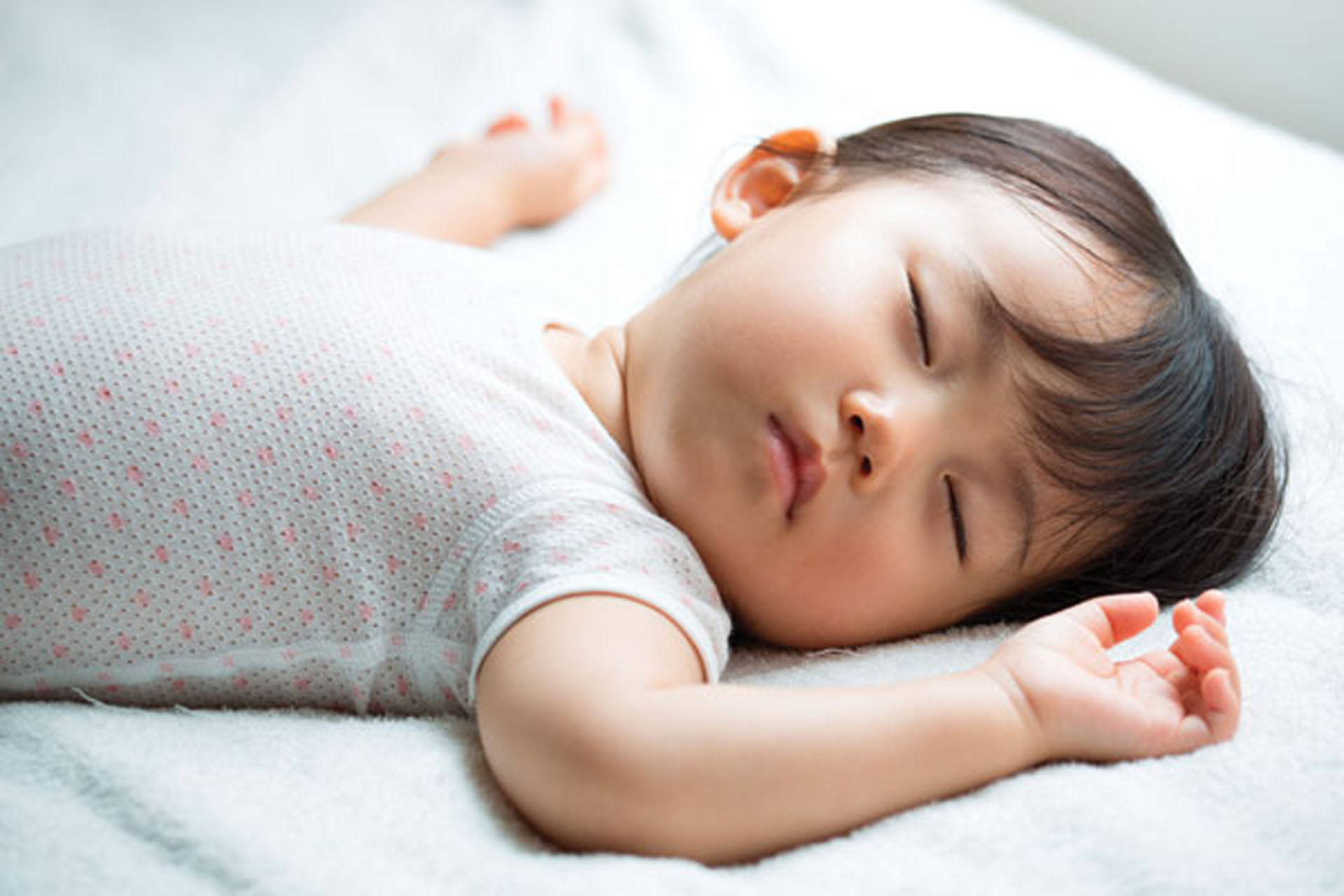 Regular Bedtimes And Sufficient Sleep >> The Important Role Naps Play In A Child S Development An Age By Age