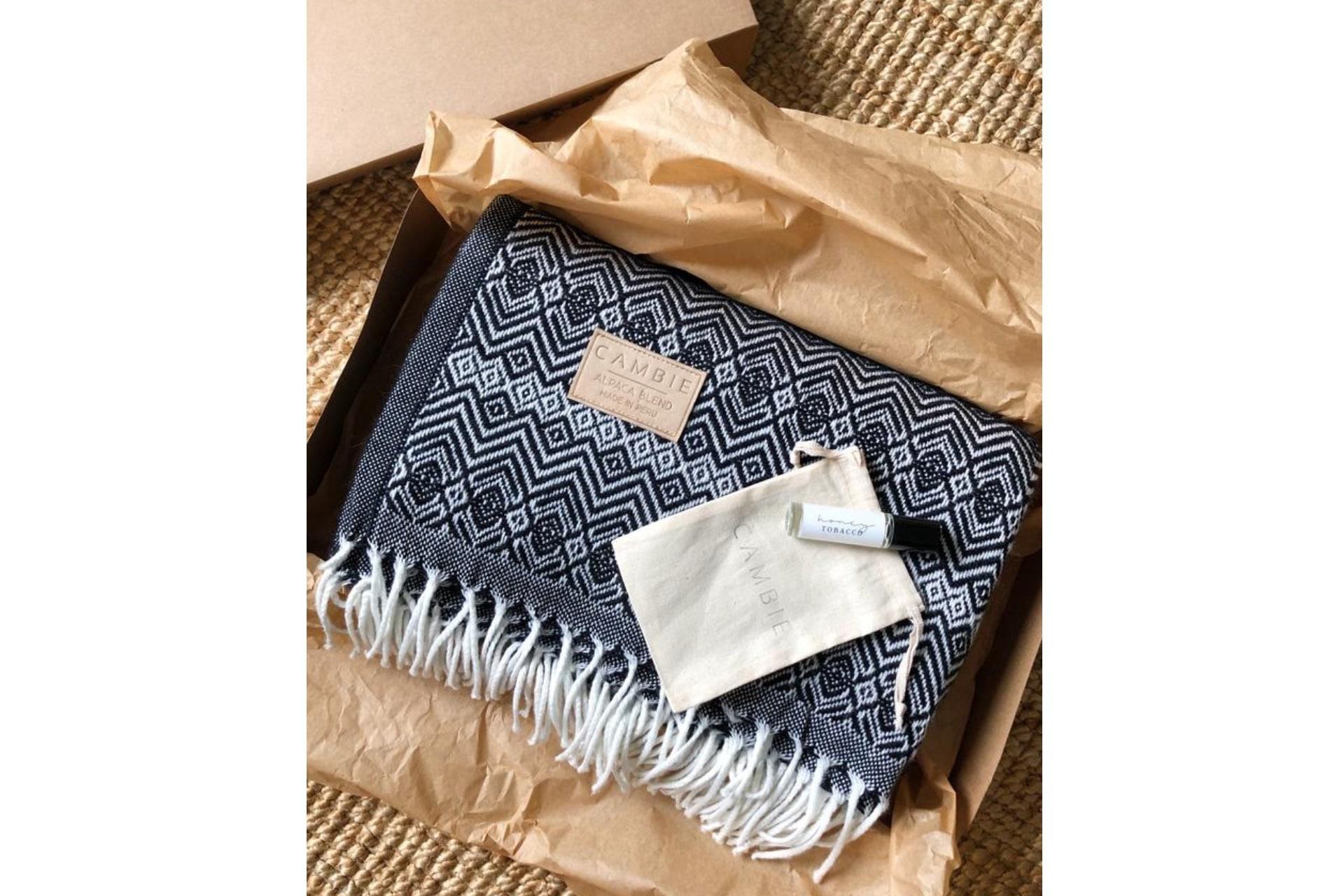 Blanket and oil roller gift set